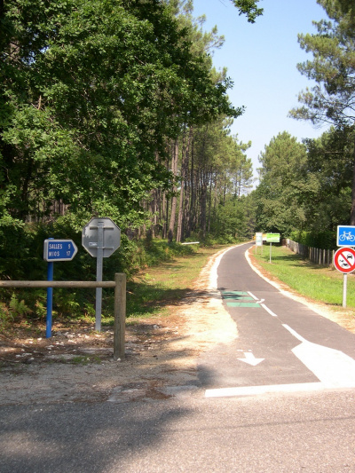Piste cyclable<br>